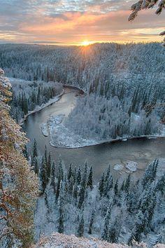 View of the Kitkajoki river in Oulanka National Park (Finland) from the high cliff of Pähkänäkallio
