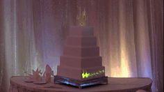 【まるで魔法のケーキ】なんてステキなんだ! プロジェクションマッピングを使ったディズニーモチーフのウェディングケーキ   Pouch[ポーチ]