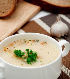 Garlic Soup: Miracle Healing Soup – 100 Times More Efficient Than Any Antibiotic Soup Recipes, Cooking Recipes, Healthy Recipes, Healing Soup, Garlic Soup, Roasted Garlic, Garlic Clove, Garlic Bread, Salud Natural