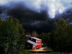 Discover the world through photos. Thunderstorms, Finland, Weather, Community, Clouds, Cabin, House Styles, World, Pictures