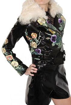 женские кожаные куртки с цветочной вышевкой