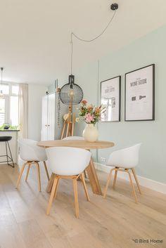 Binnenkijken in een Scandinavisch wonen met pastels ©BintiHome