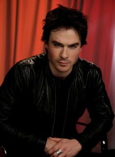 Ian Somerhalder: What Fans Should Know About The Vampire Diaries Star – Celebrities Woman Ian Somerhalder Vampire Diaries, Vampire Diaries Damon, Vampire Diaries The Originals, Damon Salvatore Frases, Vampire Pictures, Vampire Pics, Ian And Nikki, Vampier Diaries, Raining Men