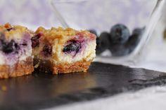 Blueberry cheesecake bars o barritas de tarta de queso con arándanos - Cakes a medida