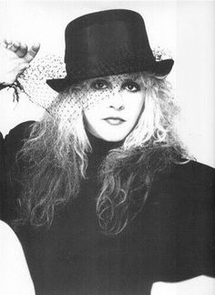 pic from leather and lace fleetwood mac - Yahoo Canada Image Search Results Lindsey Buckingham, Buckingham Nicks, Stephanie Lynn, Stevie Nicks Fleetwood Mac, Look Vintage, Vintage Photos, We Are The World, Punk, Hollywood