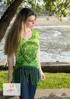Camiseta de manga corta con flecos largos en el bajo Marca Italiana Yes Zee