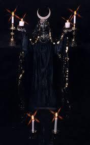hecate goddess of the dark moon