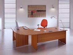 Uredski stolovi s drvenim nogama