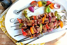 Kebabs with red, orange and green bell peppers, For You red onions and marinated steak. A delicious recipe for Grilled Marinated Steak & Veggie Kebabs. Grilling Recipes, Beef Recipes, Cooking Recipes, Healthy Recipes, Kebab Recipes, Healthy Meals, Delicious Recipes, Marinated Steak Kabobs, Kabob Marinade