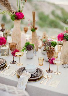 Goldene Tischdeko für eine elegante Hochzeit