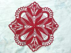 Crochet Tablecloth Red Flower Pattern Cardinal by DoSymphony Lace Doilies, Crochet Doilies, Crochet Flowers, Crochet Cushions, Crochet Tablecloth, Thread Crochet, Crochet Stitches, Crochet Home, Free Crochet