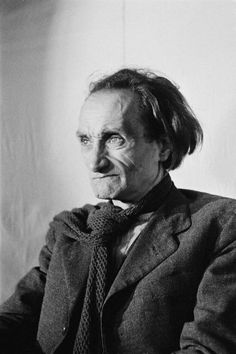 Antonin Artaud biography