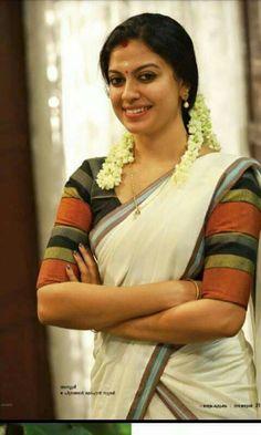 Anusree in Daivame Kaithozham K. Onam Saree, Kasavu Saree, Kerala Saree, Sarees, Beautiful Girl Indian, Most Beautiful Indian Actress, Beautiful Saree, Beautiful Actresses, Beautiful Women