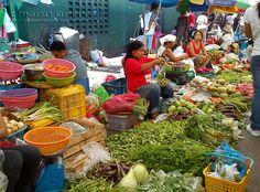 manen, idiay tiendaan, talipapa, merkado publiko, market (part Pinakbet, Traditional Market, Philippines Food, Pinoy Food, Exotic, Foods, Recipes, Culture, Drinks