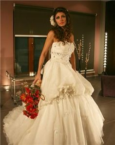 فساتين عالمية للعروس  فساتين زواج عالمية  فساتين حديثة للعروس
