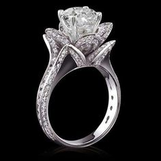 Blooming flower engagement ring
