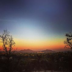 Sunrise on the mountains - make it a great day! #sunrise #mountains #landscape #scenery #california #socal #monday #mondays #breathe #breathtaking #zen #smile #instagood #picoftheday #photooftheday #ff #f4f #lfl #follow #go #goplaces #gooutside by mrbookieboo