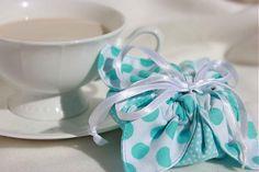 Ako si rýchlo vyrobiť krásne a originálne darčekové vrecúško na čokoľvek / aj bez šitia/ / Lyllu » SAShE.sk - slovenský handmade dizajn