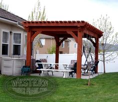 Free standing pergola with Rich Sequoia stain and Crescent step profile.