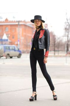 Where better to get winter outfit ideas than the chilly streets of Russia? 32 stylish outfits for cold weather to take from the streets of Moscow:
