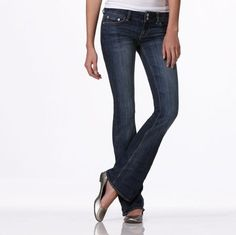 American Eagle Artist Jeans AKA the cutest effing jeans I've ever seen!