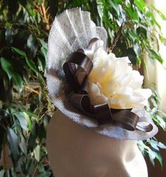 Tocado plato gris marfil Ivory, Fascinators, Silver, Gray