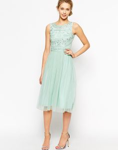 frock-and-frill-embellished-mint-bridesmaid-dress