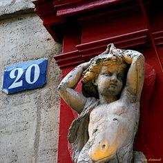 Rue de Beaujolais near Theatre de Palais Royal in Paris, 1st