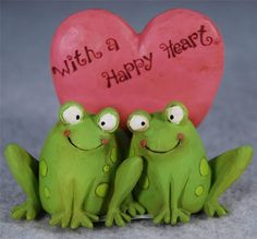 BLOSSOM BUCKET FAIRY GARDEN FROGS WITH A HAPPY HEART by TINA LEDBETTER 123-86137