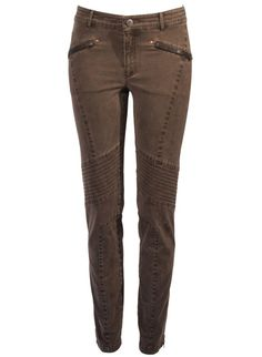 The chic, slim Motorcycle Pants are accented with leather-trimmed zip pockets, angled seaming and zip ankles; in French cotton (97%) and elastane (3%).