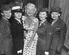 1/09/1952 Marilyn meets military women