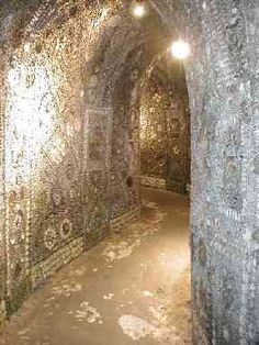Shell Grotto Made of 4.6 million shells, 2000 square feet of mosaic and one big mystery I am obsessed with the Shell Grotto at Margate and will be taking a day trip there one day very soon. It's even better that it's origins are still somewhat of a mystery…