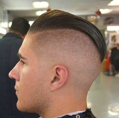 Popular Haircuts For Short Hair Men Slick Hairstyles, Undercut Hairstyles, Popular Haircuts, Haircuts For Men, Short Hair Cuts, Short Hair Styles, Brylcreem, Undercut Women, Mens Undercut Hairstyle