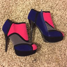 Saleshi By Journey Colorful Ankle Boots Sz. 9