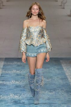 We Are Kindred Australia Resort 2020 Collection Vogue Style Haute Couture, Haute Couture Dresses, Couture Fashion, Boho Fashion, High Fashion, Autumn Fashion, Fashion Outfits, Fashion Design, Cheap Fashion