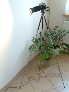 Floor LED lamp in vintage camera body