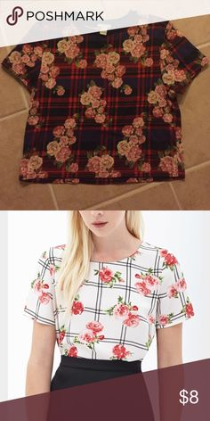 Floral and Plaid Top On trend Plaid and Floral top. 1st photo is actual top. 2nd photo just shows fit. Forever 21 Tops Crop Tops