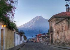Así amanece este 17 de febrero en Antigua Guatemala.  @Noti7Guatemala
