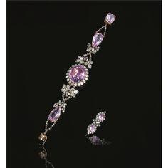 Rare pink topaz and diamond bracelet, circa 1830 Bracelet Set, Jewelry Bracelets, Antique Jewelry, Vintage Jewelry, Prince, Diamond Bangle, Diamond Jewellery, Pink Topaz, Royal Jewels