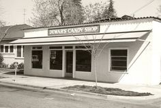 Dewar's Candy Shop ... everyone's favorite Bakersfield Icon!