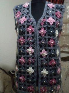This Pin was discovered by fig Crochet Jacket Pattern, Crochet Shirt, Crochet Motif, Diy Crochet, Crochet Patterns, Crochet Hats, Crochet Top, Cardigan, Summer Patterns