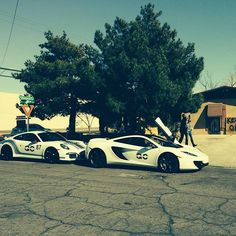 Whats your best caption? #GoliathCompany #FlippingVegas #McLaren #Porsche #ScottYancey