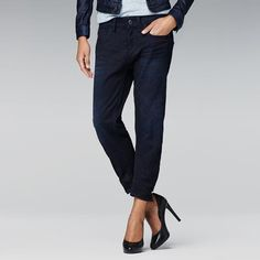 G-Star Type C Loose Tapered: Extremely tapered, the Type C combines long rear pockets and a bowed leg in a fit fine-tuned for women.In high-density denim, woven from yarns of 2 diffe. Types Of Jeans, Tapered Jeans, G Star Raw, The Fresh, Denim Jeans, Stars, My Style, Casual, How To Wear
