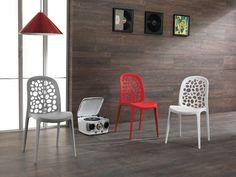 Sedia modernain polipropilene colorato Arreda cucina, esterno o la sala da pranzo con uno stile unico  Impilabile!!!