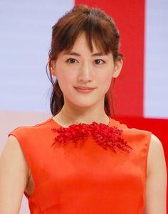 画像・写真|『第66回NHK紅白歌合戦』の司会に決定した綾瀬はるか(C)ORICONNewSinc. 1枚目