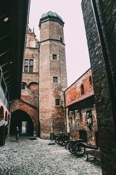 The Beautiful Old Town Of Gdansk, Poland - A Photo Diary || PART 2 - Hand Luggage Only - Travel, Food & Photography Blog