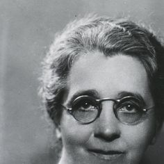Isabel M. Stewart] Photo by George Maillard Kesslere. - Images from the History of Medicine (NLM
