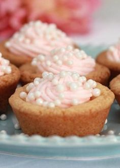 Pink Champagne Buttercream Cookie Cups Recipe--Not really cupcakes, but CUTE, nonetheless Just Desserts, Delicious Desserts, Yummy Food, Finger Desserts, Mini Desserts, No Bake Cookies, Cookies Et Biscuits, Sugar Cookies, Mini Cookies