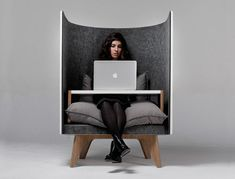 Comfy Privacy Work Chairs - The V1 Lounge Chair by ODESD2 Isolates the Sitter from Disruptions (GALLERY)