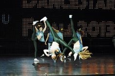 MTV commercial style choreography, acrobatic, gymnastics, cool talented dancers, fashion costumes. www.novumdance.sk Acrobatic Gymnastics, Mtv, Dancers, Commercial, Costumes, Cool Stuff, Style, Fashion, Cool Things
